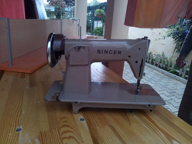 Máquina de costura Singer 191K1