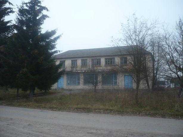 Будівля столової 472,5 кв.м.,Радивилівський район, с.Пустоіванне