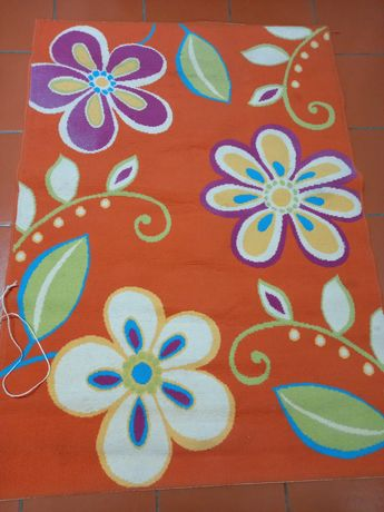 Carpete Flores para quarto criança