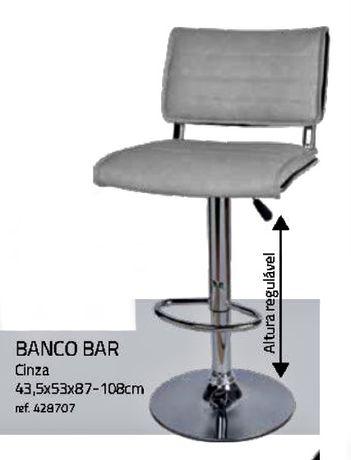Cadeiras de bar/altas novas