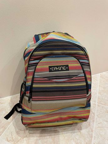 Conjunto de mochila +2 estojos + lancheira (escolar/desportivo) DAKINE