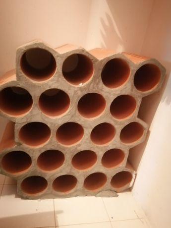 Garrafeira de tijolo