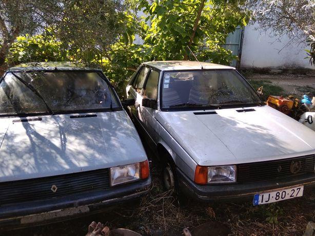 Dois Renault 9 - Restauro ou peças