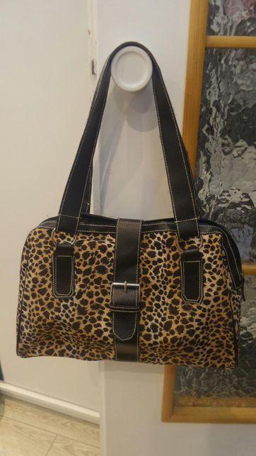 Włoska piękna torebka z firmy GRAZIA w kolorze panterki