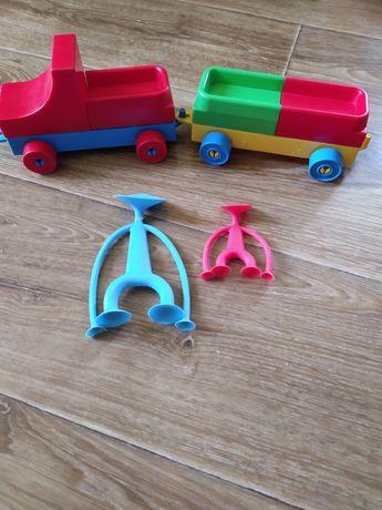 Игрушки паравозик конструктор человечки липучки