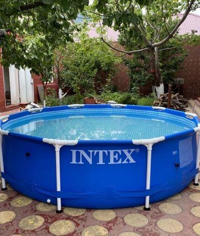 Продам Бассейн  intex