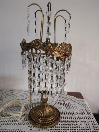 Par de candeeiros muito antigos em cristal