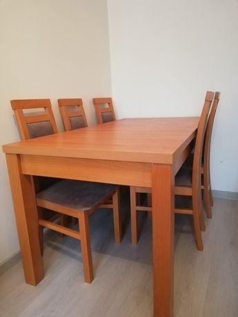 Stół wraz z 6 krzesłami