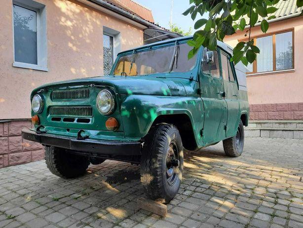 Продам УАЗ 469 + запчастини