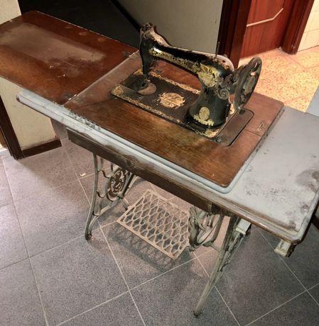 Maquina de costura vintage