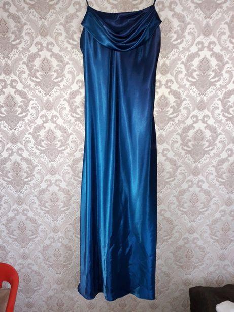 Платье випускное вечерние