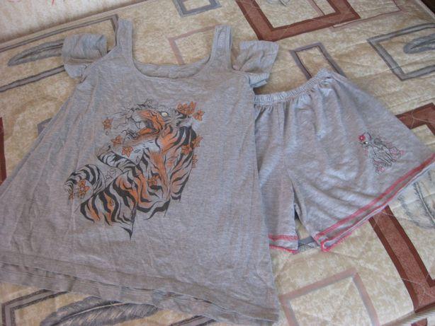 Комплект : туничка с шортами подростку, стройной девушке