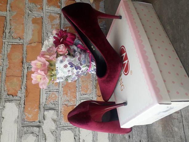 Туфлі жіночі мегазручні