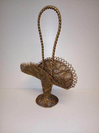 lindo antigo cesto filigrana em fio de latão dourado 24 cm de altura