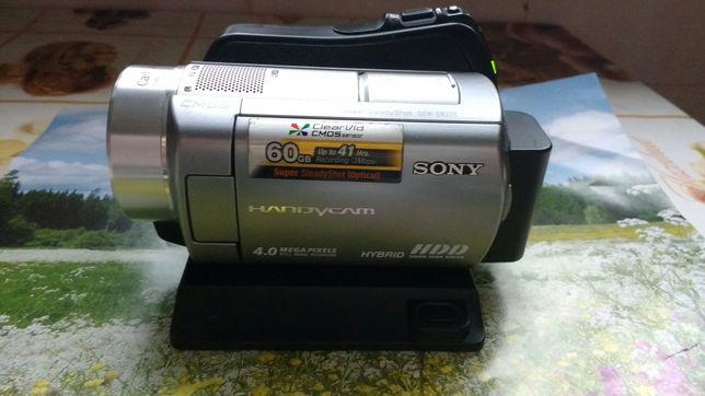 Видеокамера SONY DCR-SR 220E
