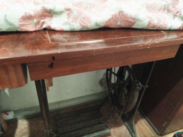 Швейная машинка, рабочая