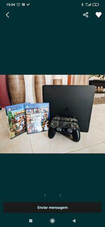 PS4 1TB impecável, 2 comandos e 4 jogos