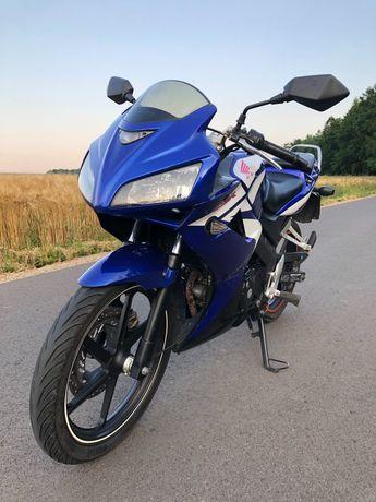 Honda CBR125R JC39