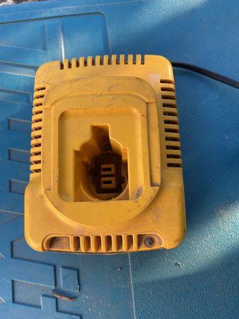 Зарядний пристрій/зарядное устройство de walt, hilti,bosch