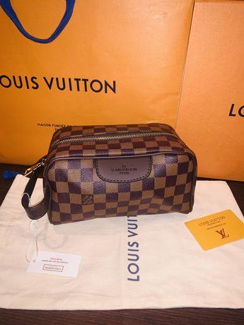 Bolsa / Necesseire Louis Vuitton