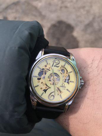Часы Omega L-607