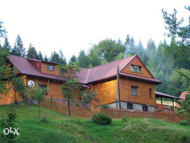 domek w górach noclegi wynajem nad rzeką w lesie wakcje