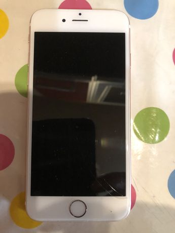Iphone 6s 32 GB na częsci uszkodzony