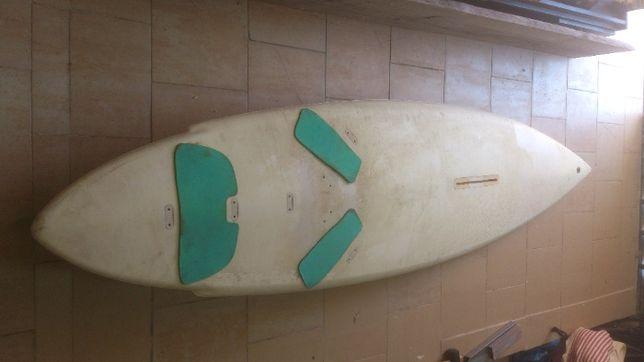 Prancha surf/ windsurf usada