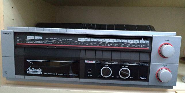 Aparelhagem Philips - Rádio, leitor de cassetes e discos