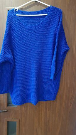 Sweterek kobaltowy