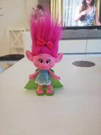 Różowy Troll Poppy Hasbro