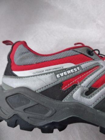 Everest кросівки