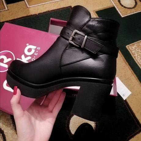 Женские ботинки весна-осень