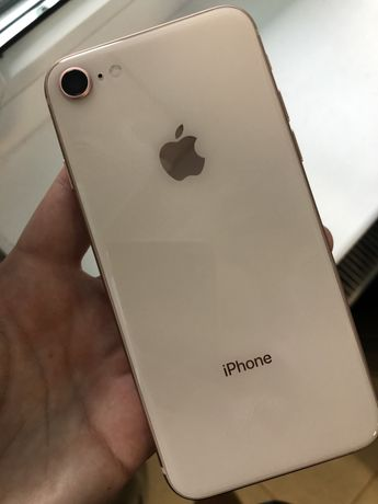 Продам iPhone 8 в ідеальному стані