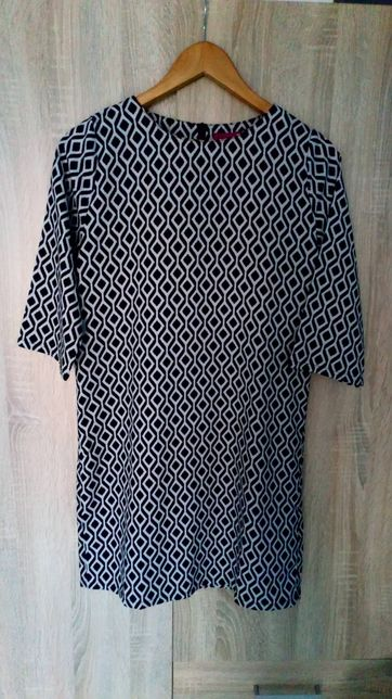 Sukienka Boohoo rozmiar M