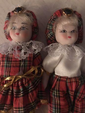 Casal bonecos porcelana antigos