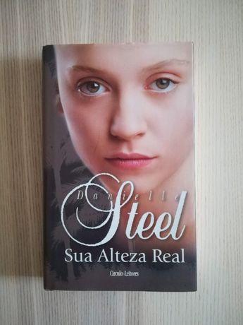 """Livro """"Sua Alteza Real"""", de Danielle Steel"""