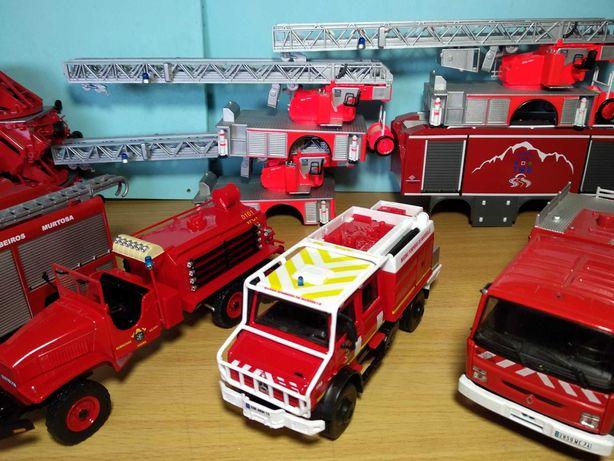 Bombeiros camiões e carrocerias a escala 1/43