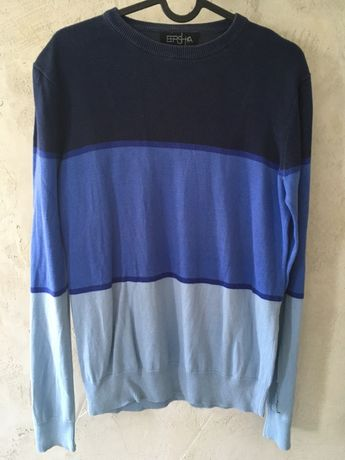 Niebieski sweter Bershka S