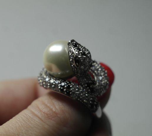Серебряное кольцо, змея с жемчужиной, 925, 17,5 размер