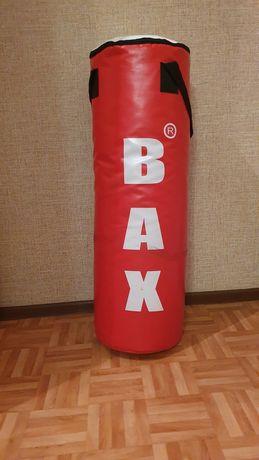 Груша и перчатки для бокса