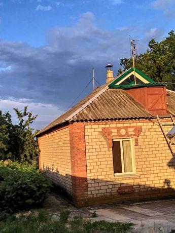 Продам крепкий дом в пгт Софиевка Днепропетровской области