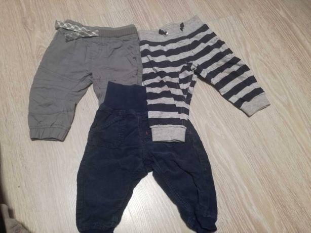 3 pary spodni dla chłopca 6-9 mc