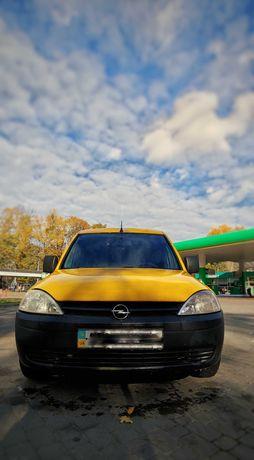 Opel Combo 1.3 2010 г.в.