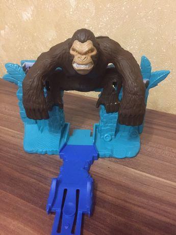 Hot wheels трек с гориллой, часть трека