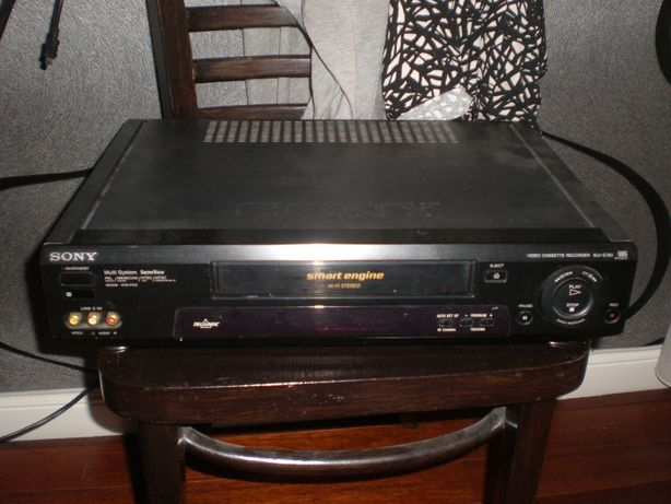 Magnetowid SONY SLV-E780 Pilot Kasety VHS i czyszcząca Kabel Euro