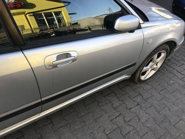 Subaru Impreza GD drzwi lewe prawe 01G 4szt kombi