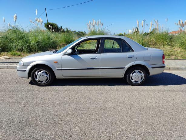 Mazda 323 120km Excelente