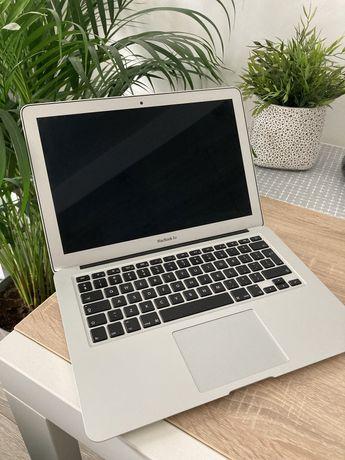 MacBook Air 2015 8GB i5 128GB