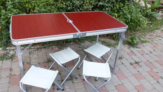 Стол для пикника Укреплений +4 стула / Цена действует до конца месяца